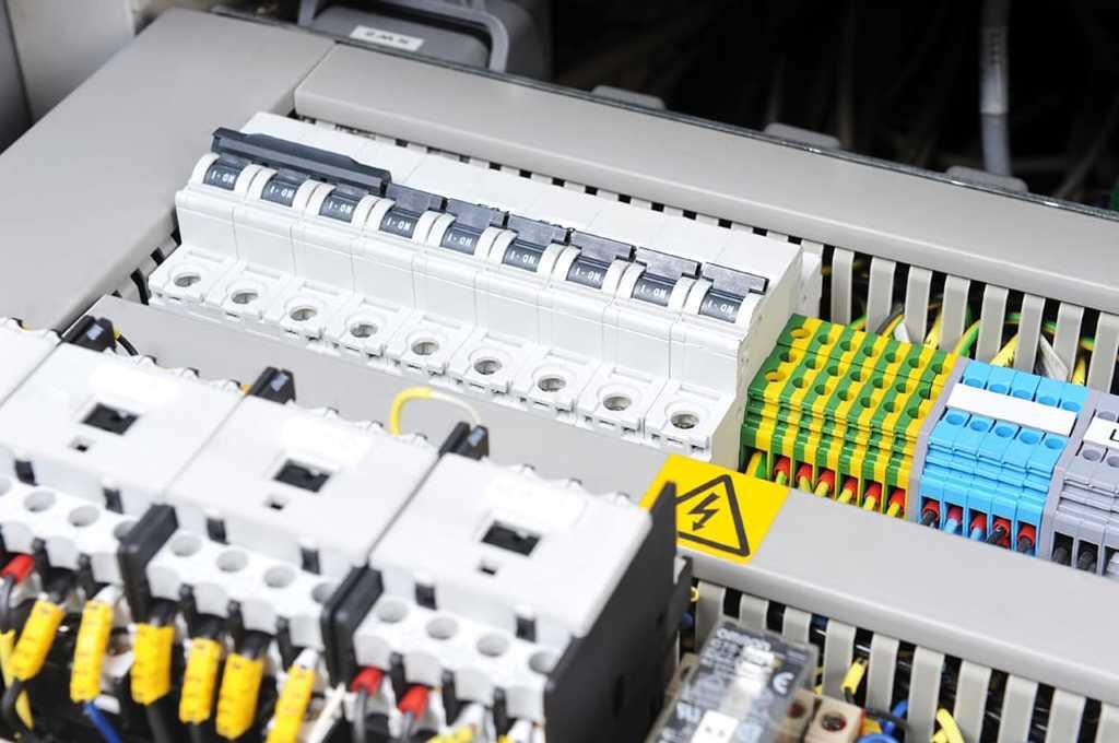 Settore elettrico, impianti civile ed industriali